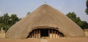 Kasubi_Tombs-Palms